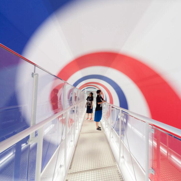 里山現代美術館隧道
